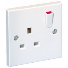 1g Switched Socket Outlet